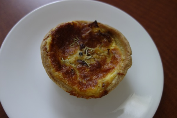 3-M-Patisserie-Quiche-Bacon-and-Onion