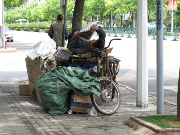 Beijing-China-Photograph-Collecting-Paper-Cardboard-Recycling