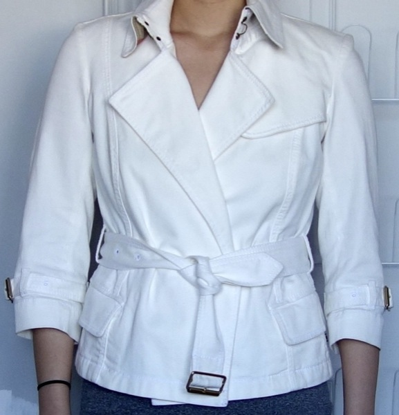 Burberry-London-White-Cotton-Twill-Belted-3:4-Sleeve-Coat-0