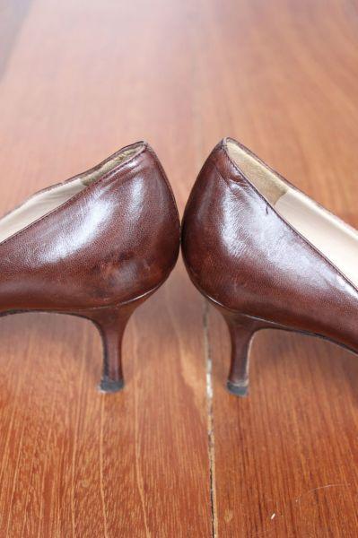 Manolo-Blahnik-Light-Brown-Short-Heels-Heel
