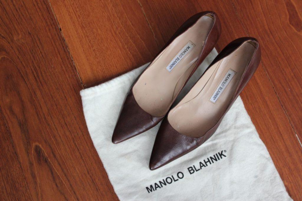 http://www.savespendsplurge.com/2013/11/30/for-sale-manolo-blahnik-us-37-5-medium-brown-cognac-heels-165-usd/