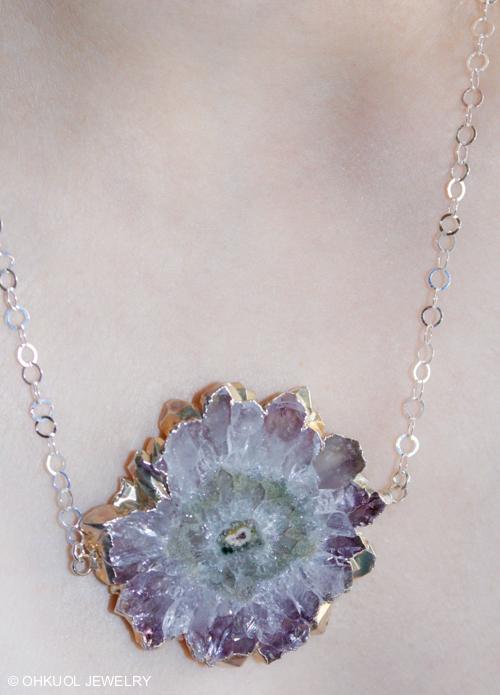 OhKuol_Stalactite-Flower-Geode-Slice-Necklace-2