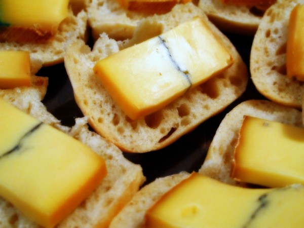 Photograph-Meal-Eat-Food-Morbier-Cheese-Bread-Platter-Snacks-2