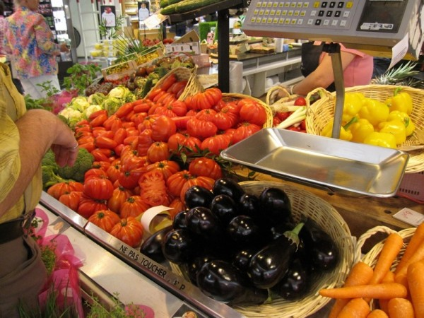 Photograph-Paris-Heirloom-Tomatoes-Food-Grocery