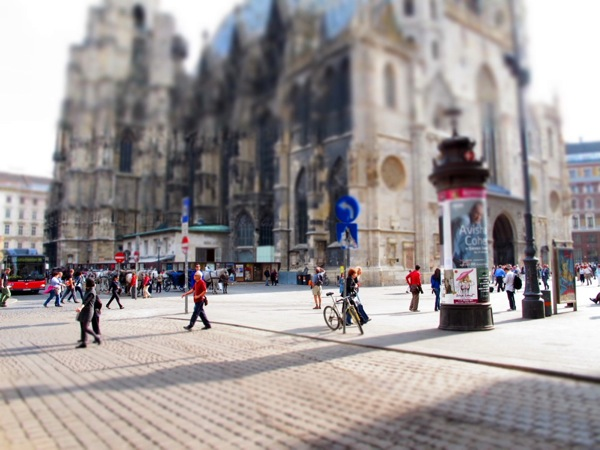 Photograph-Travel-Brussels-Belgium-Church-Streets