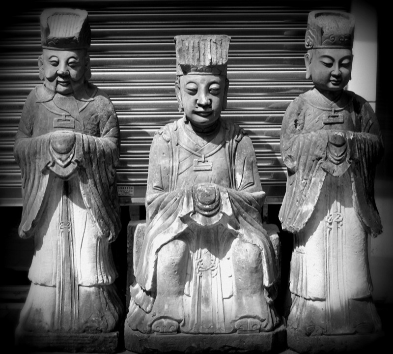 Photograph-Travel-Hong-Kong-Asia-Antiques-3-Wise-Men-Statues