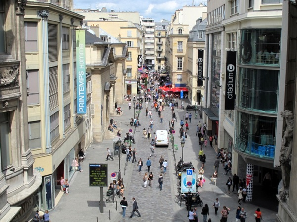 Photograph-Travel-Paris-France-Europe-View-Top-Shopping-Alley-Streets