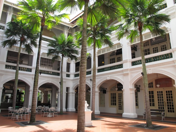 Photograph-Travel-Singapore-Raffles-Hotel