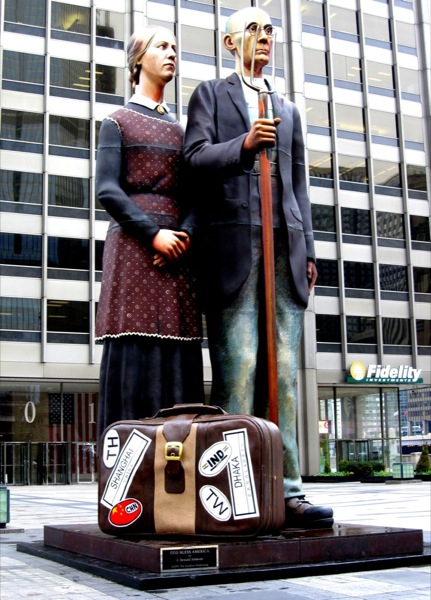 Photograph-USA-Illinois-Chicago-American-Gothic-Statue