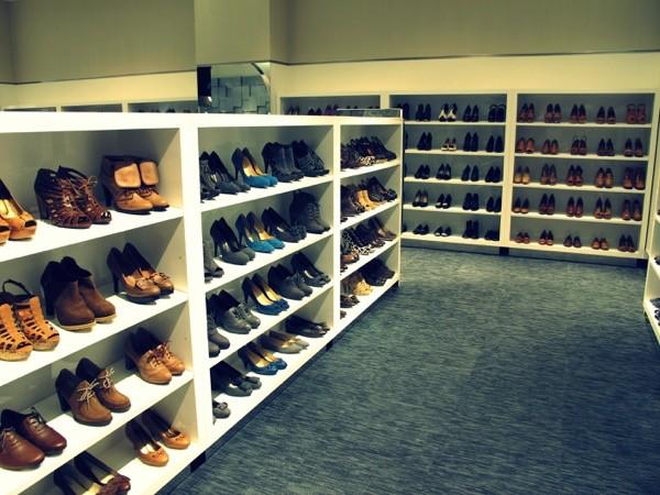 Photograph-Wardrobe-Shoes-Style-Closet-1