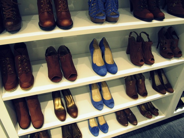 Photograph-Wardrobe-Shoes-Style-Closet-4