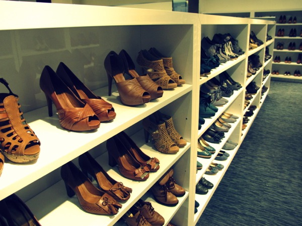 Photograph-Wardrobe-Shoes-Style-Closet
