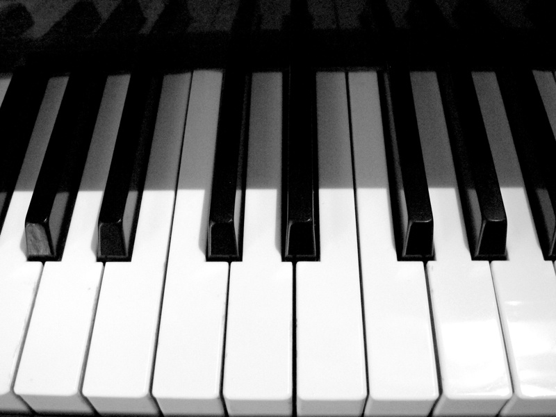 Photography-Piano-Keys