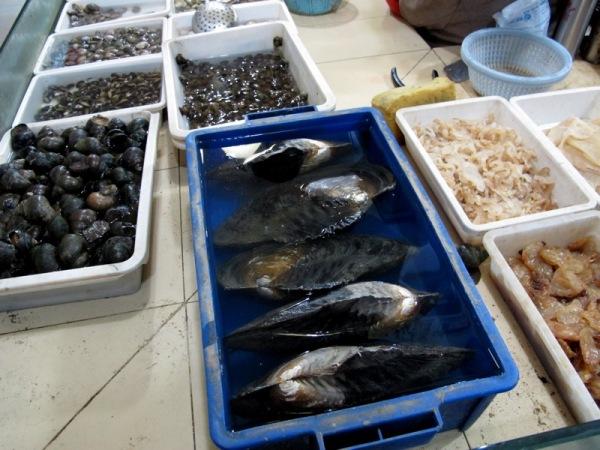Shanghai-China-Photograph-Markets-Seafood-Clams