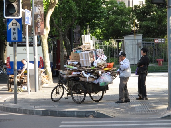 Shanghai-China-Photograph-Recycling-Old-Man