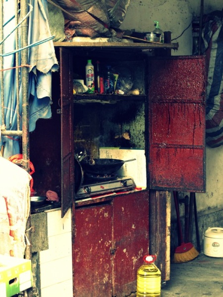 Shanghai-China-Photograph-Restaurant-Old-Woman-Kitchen-3