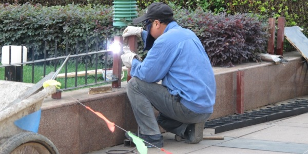 Travel: What it's like to visit China – Workplace and Government Safety Standards