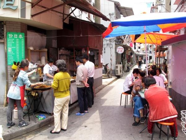Shanghai-China-Photograph-Street-Restaurant