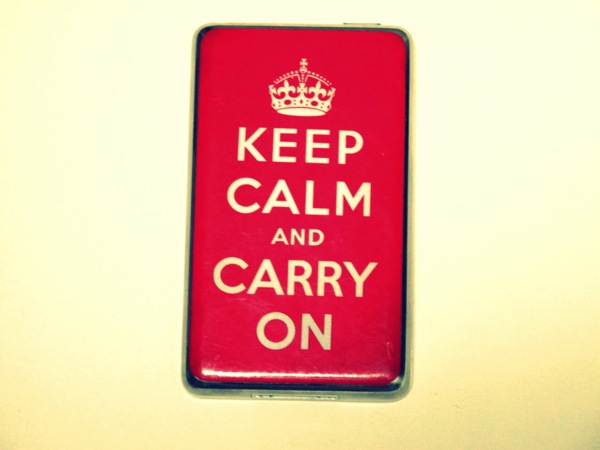 Technology-iPod-Keep-Calm-and-Carry-on-Crown-Music-Listen-5