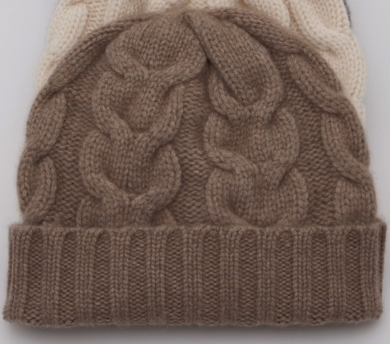 The-cashmere-shop-heavy-cable-cashmere-oatmeal 2
