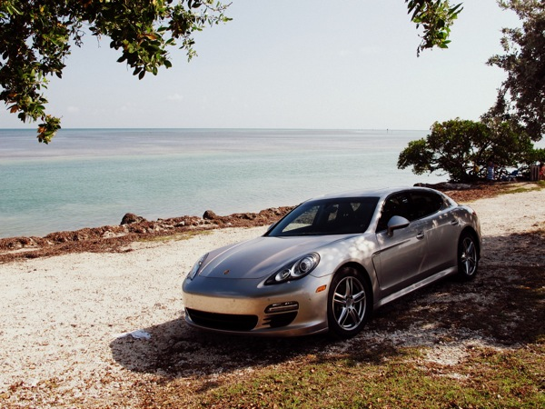 Travel-Photograph-Car-Exotic-Porsche-Vacation-Zen
