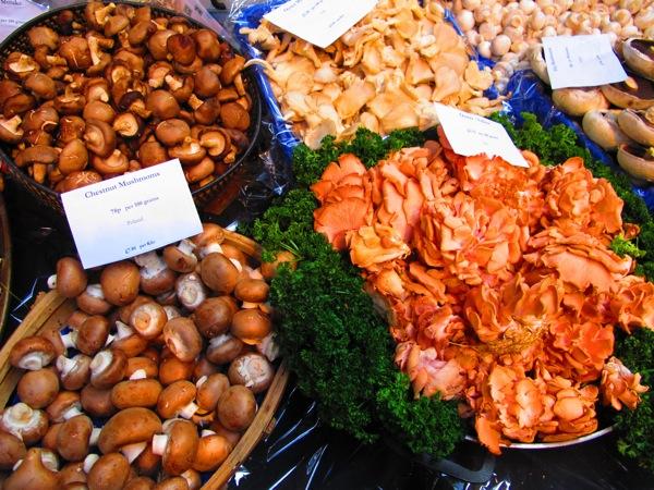 Travel-Photograph-London-England-Mushrooms-Food-Market-Covent-Garden-2