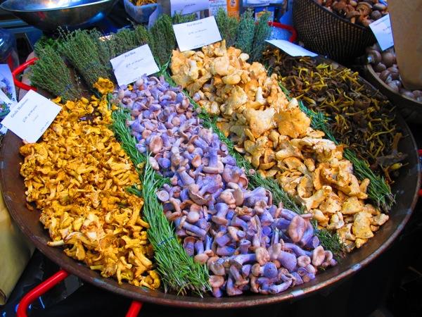 Travel-Photograph-London-England-Mushrooms-Food-Market-Covent-Garden