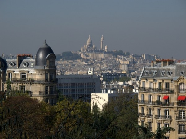 Travel-Photograph-Paris-France-View-Apartment-Montmartre