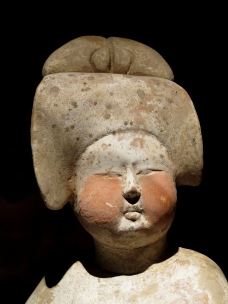 Travel-Photograph-Shanghai-China-Museum-Woman-Statue-Ancient