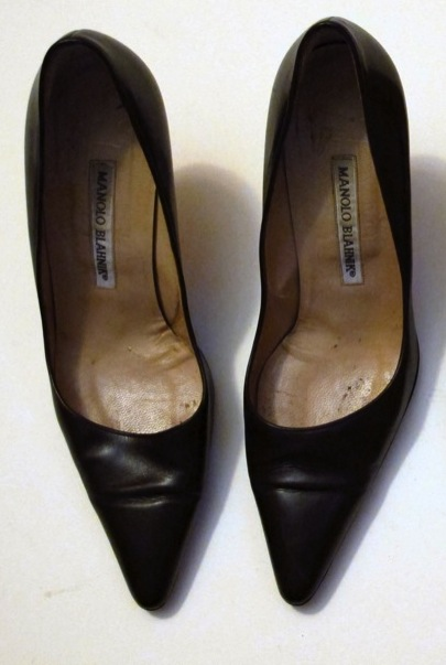 Wardrobe-Closet-Shoes-Manolo-Blahnik-Newcio-Pumps-Dark-Brown