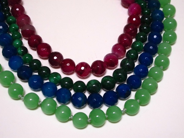 Wardrobe-Clothes-Closet-Jewellery-Stones-Gems