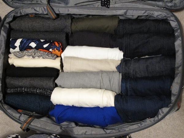 Wardrobe-Packing-Clothes-One-Suitcase-Closet-Bottom-Layer