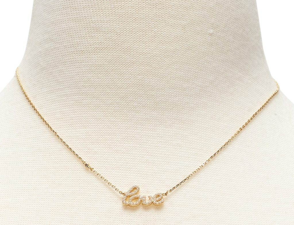 https://bananarepublic.gapcanada.ca/browse/product.do?pcid=5001&vid=1&pid=437041013&searchText=love+pendant