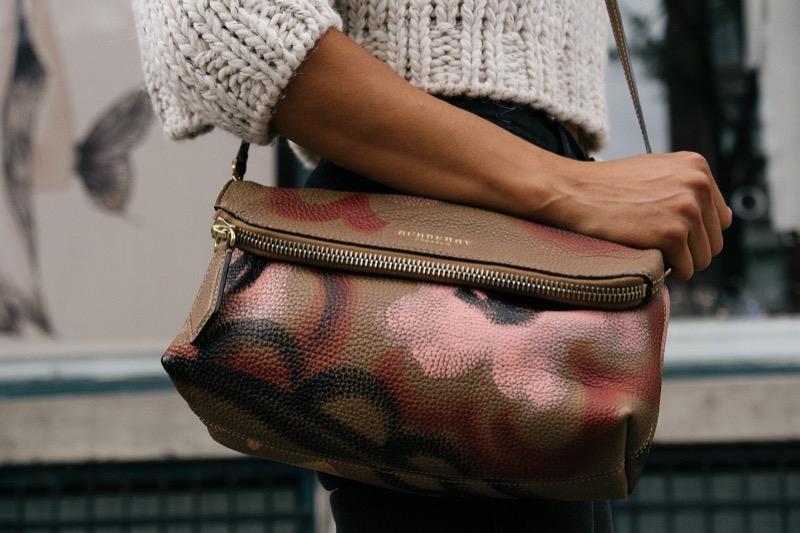 burberry-purse-bag-style-fashion-shopping