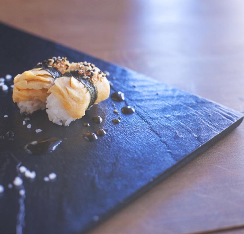food-taste-sushi-japan-dining-meal-eating