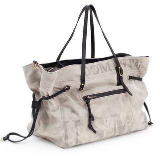 http://kemptonandco.com/made-to-order-hatherleigh-postal-diaper-bag/