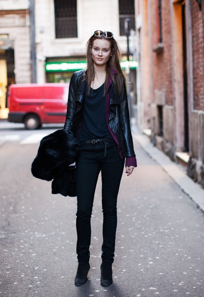 model-off-duty-style-all-black