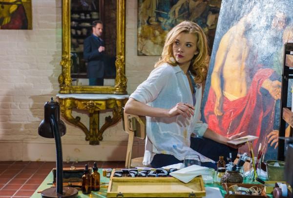 natalie-dormer-elementary-irene-adler-outfit-wardrobe-painting