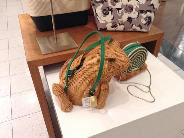 ogilvy-frog-purse