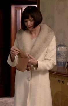 phryne-fisher-white-coat