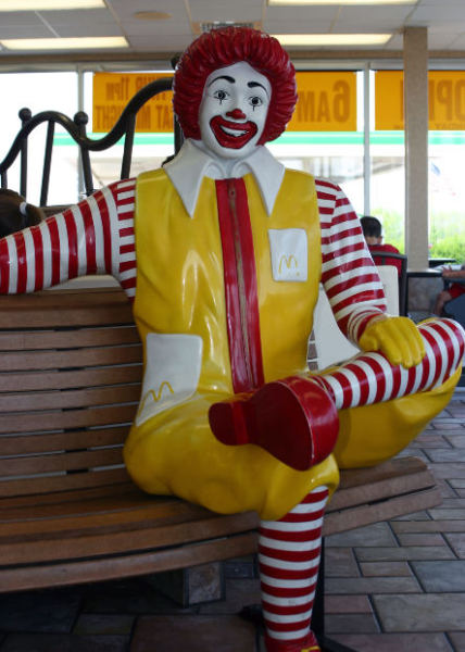 ronald-mcdonald-junk-food-fast-food-work-career