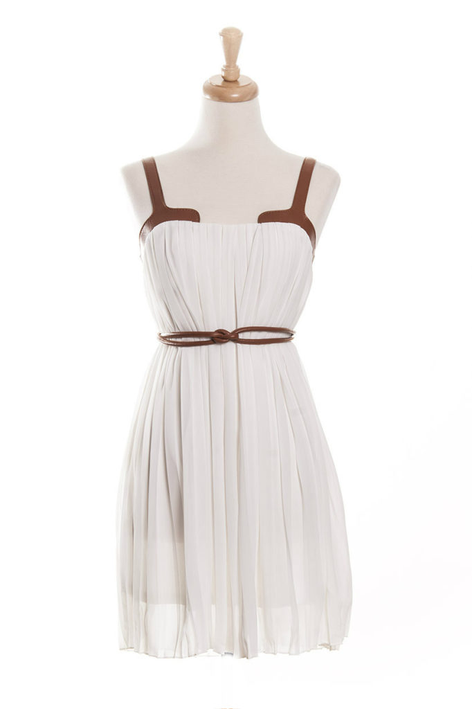 santorini-dress-tailor-stylist-white-dress-shopping-greece-vegan-leather-lined