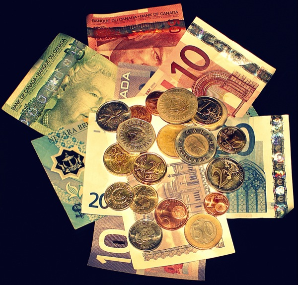 stock-photo-money-cash-coins-bills-canada-3