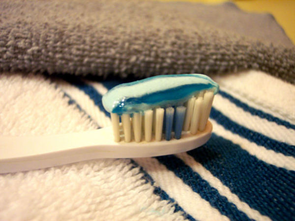 stock-toothbrush-toothpaste-dentist-medical-brush-health