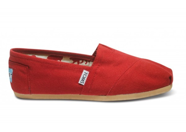 toms-red-canvas-shoes